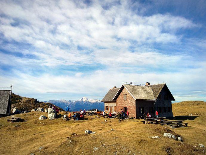 Krek Berghütte auf Ratitovec