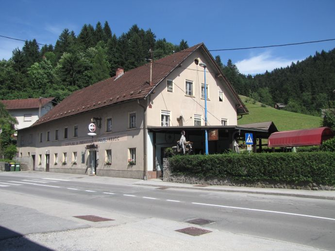 Gaststätte und Unterkünfte Katernik