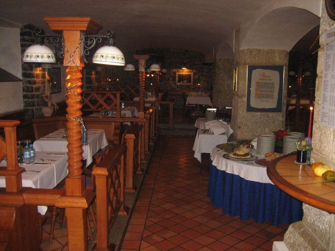 Restaurant, tavern and wine bar Kašča
