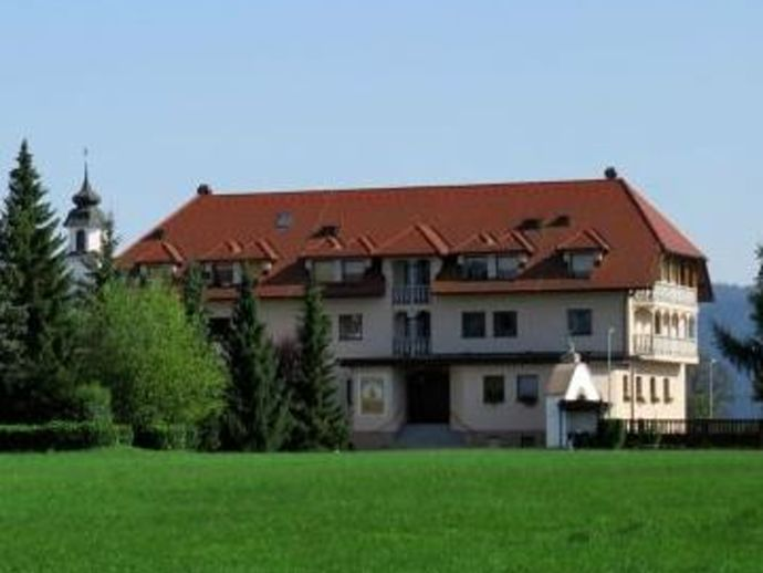 Hiša kruha, Retreat Centre