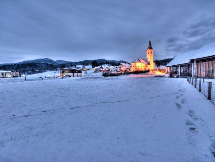 L'église de Saint Jean Baptiste à Gorenja Vas