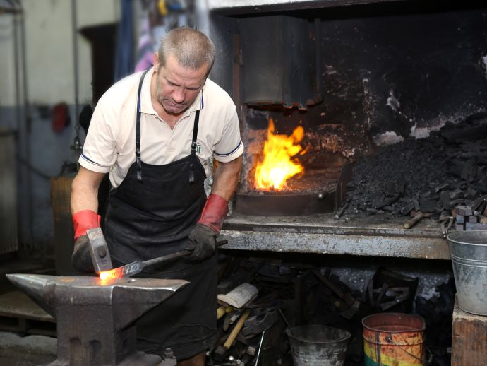 Jože Krmelj, Krmelj Blacksmiths