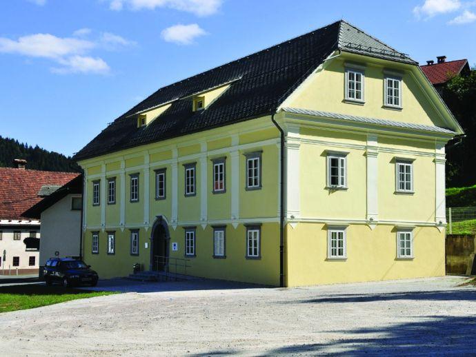 Antigua escuela en Žiri
