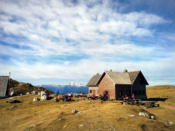 Le refuge de montagne Krek sur Ratitovec