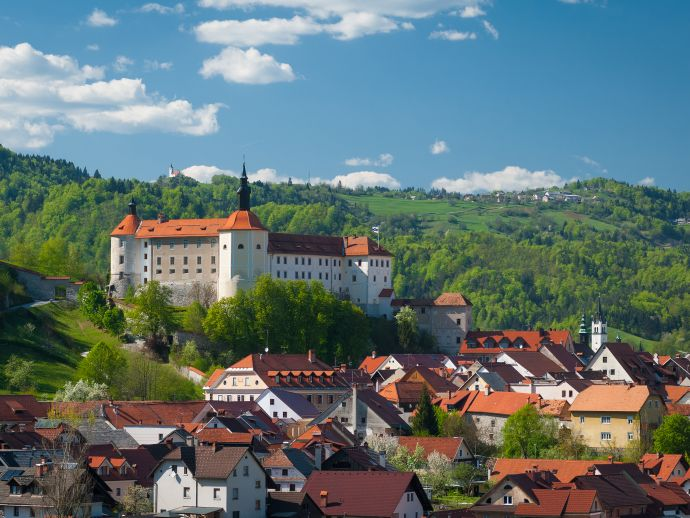 Le château de Skofia Loka