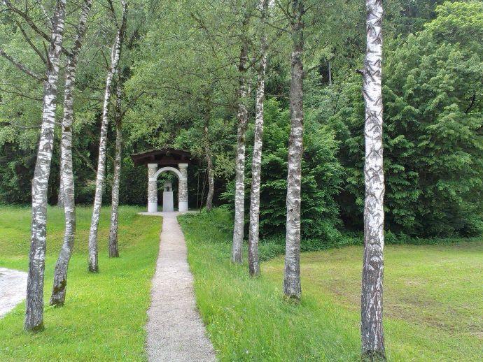 Plečnikov spomenik talcem in žrtvam Selške doline